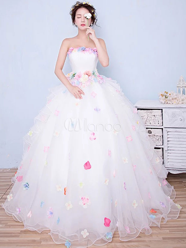 White Quinceanera Dress Tulle Princess Pageant Dress Flower Strapless Floor Length Prom Dress