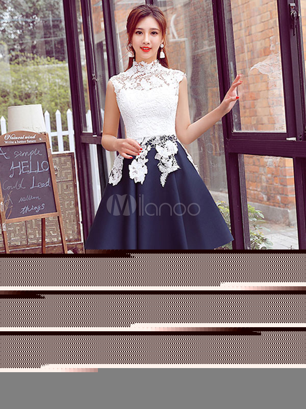 White Prom Dress Lace Applique A Line Cocktail Dress High Collar Sleeveless Pleated Knee Length Homecoming Dress