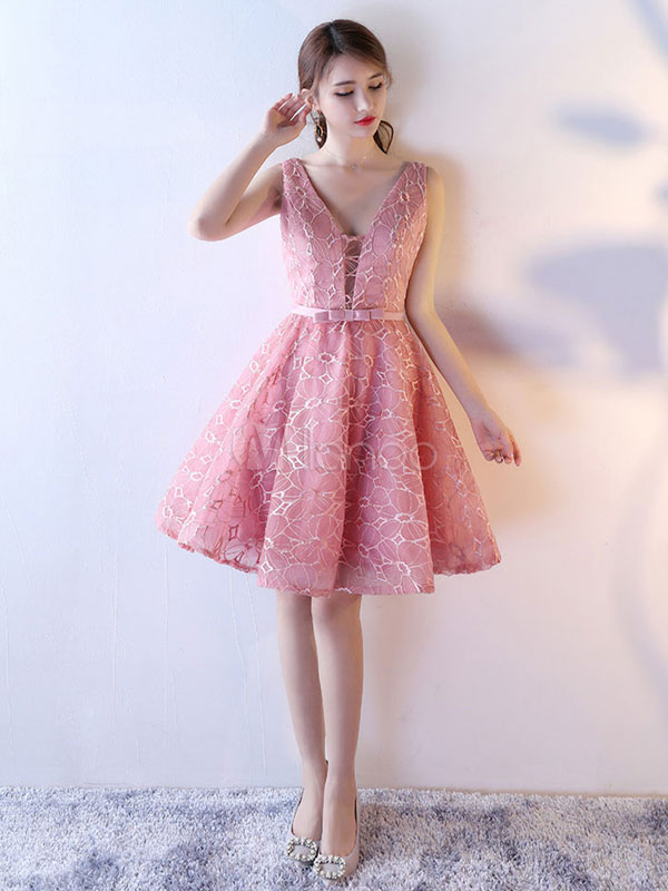 Buy Lace Cocktail Dress Pink A Line Homecoming Dress V Neck Sleeveless Bow Sash Knee Length Prom Dress for $123.19 in Milanoo store