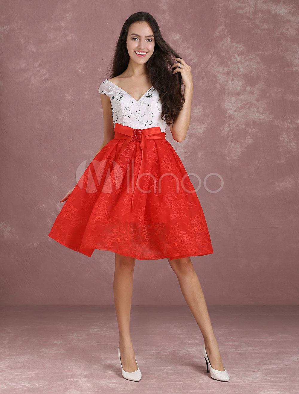 Lace Homecoming Dress Short Prom Dresses Two Tone Beading V Neck Bow Sash A Line Knee Length Graduation Dress