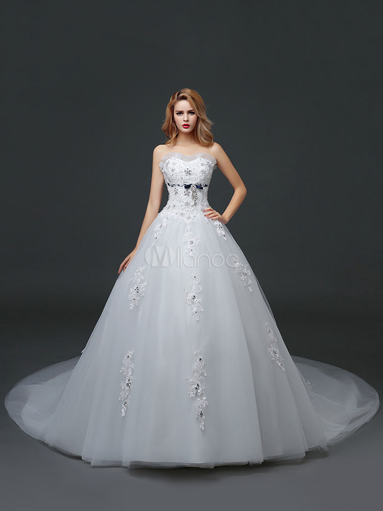 Buy Strapless Wedding Dresses Princess Sweetheart Beading Pleated Lace Applique Ivory Bridal Gown With Long Train for $162.79 in Milanoo store