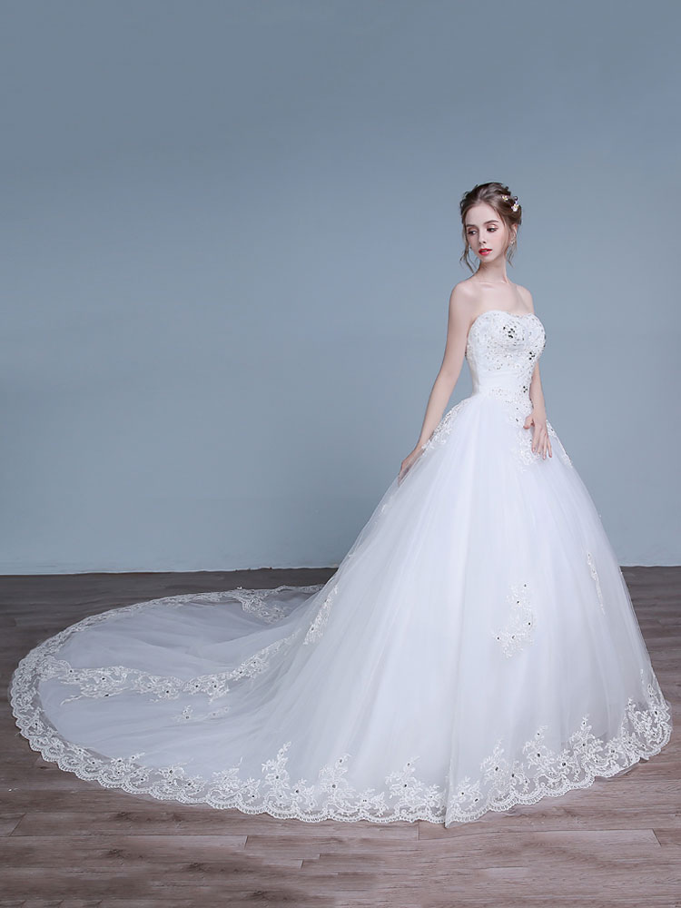 Buy Strapless Wedding Dresses Sweetheart Neckline Bridal Dress Lace Applique Beading Long Train Bridal Gown for $153.99 in Milanoo store
