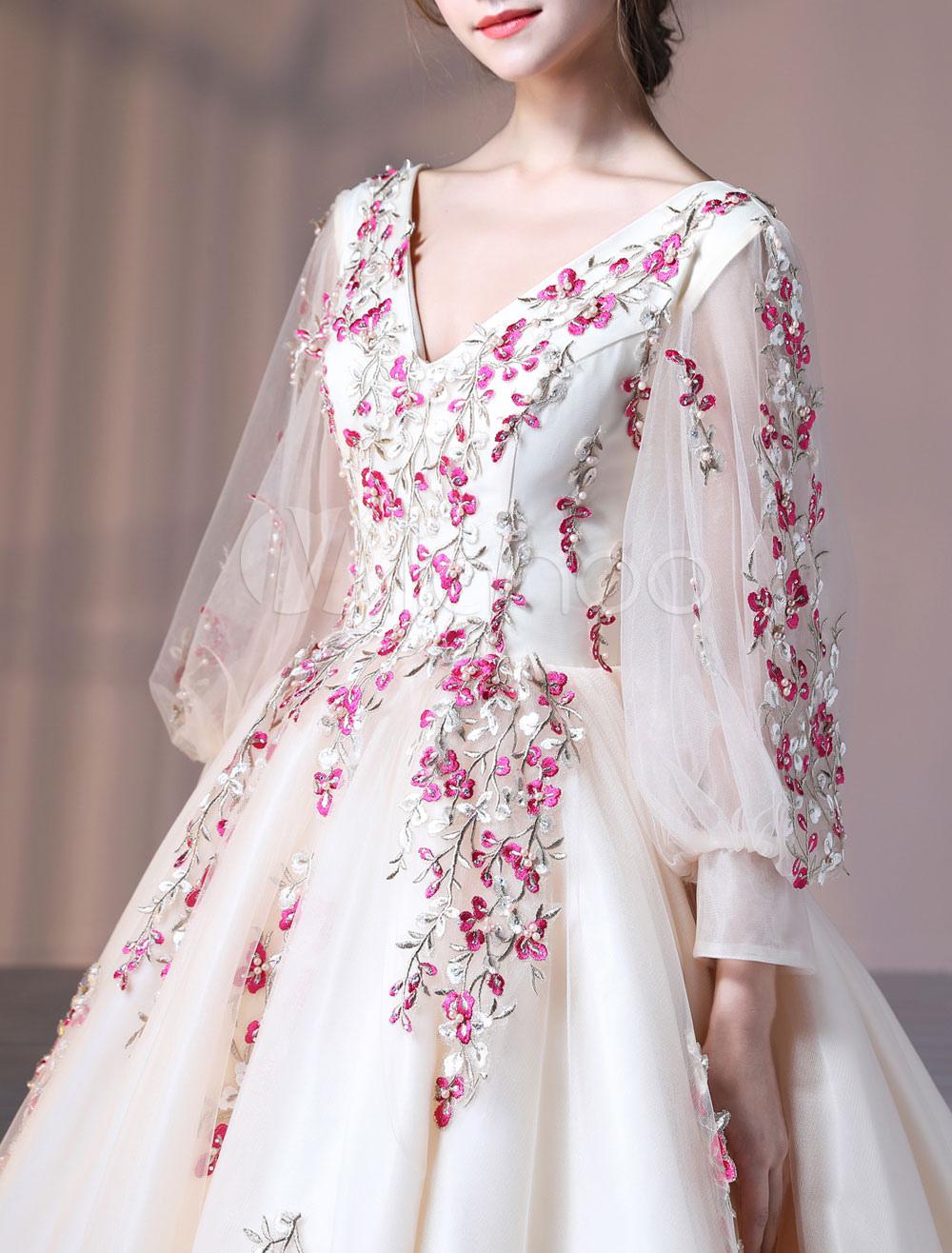 champagne quinceanera kleider luxus bestickte perlen perlen langarm v ausschnitt prinzessin. Black Bedroom Furniture Sets. Home Design Ideas