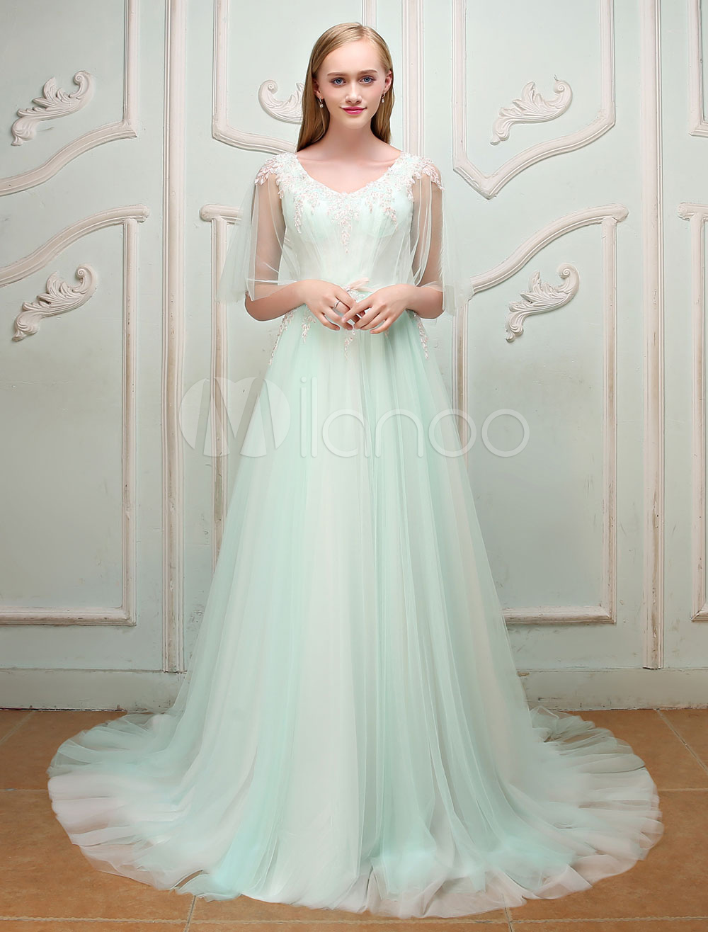 Luxury Prom Dresses Long V Neck Butterfly Sleeve Pastel Green Bow Sash Tulle Formal Occasion Dress With Train