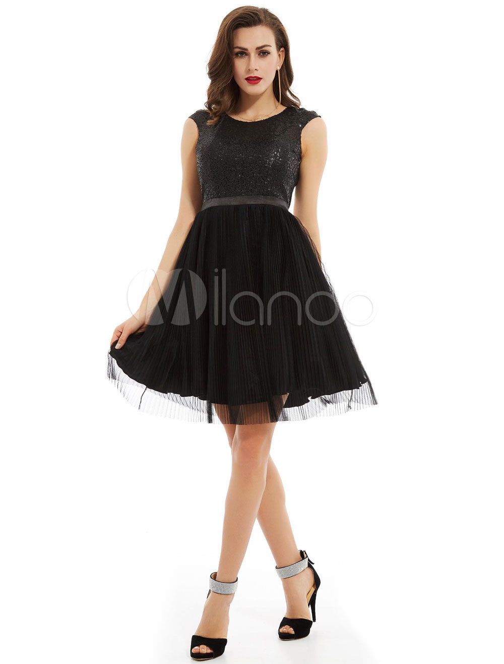 Buy Little Black Dresses Sequins Backless Tulle Short Cocktail Dresses for $74.79 in Milanoo store