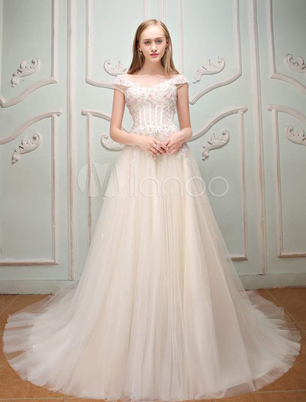 Luxury Prom Dresses Long Tulle Lace Flowers Beading Ivory Formal Party Dresses With Train