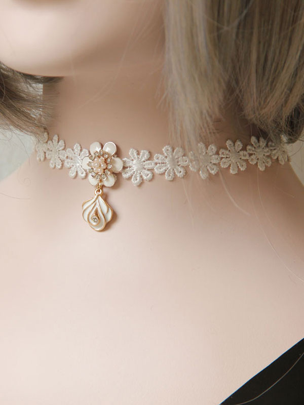 Buy Classic Lolita Choker Lace Flowers White Lolita Necklace for $9.99 in Milanoo store