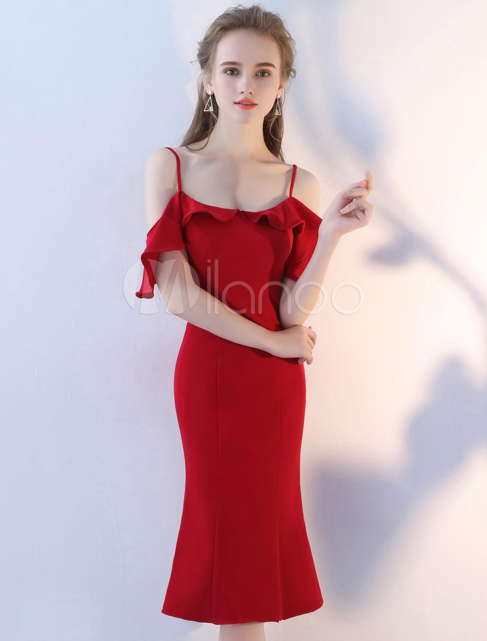 Cocktail Dresses Sheath Column Off The Shoulder Ruffles Burgundy Satin Knee Length Short Party Dresses