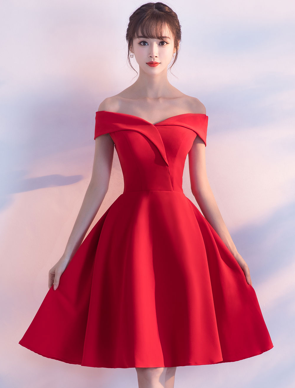 Red Cocktail Dresses Satin Off The Shoulder Short Homecoming Dress A Line Knee Length Party Dress