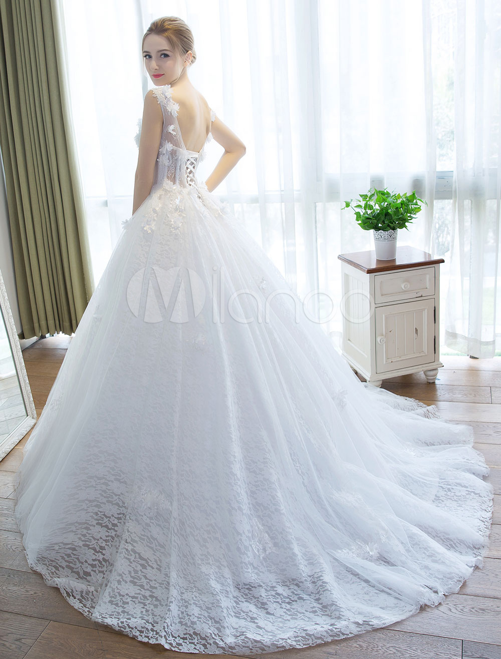 Wedding Dresses Princess Ball Gown Ivory Bridal Gown V Neck Illusion ...