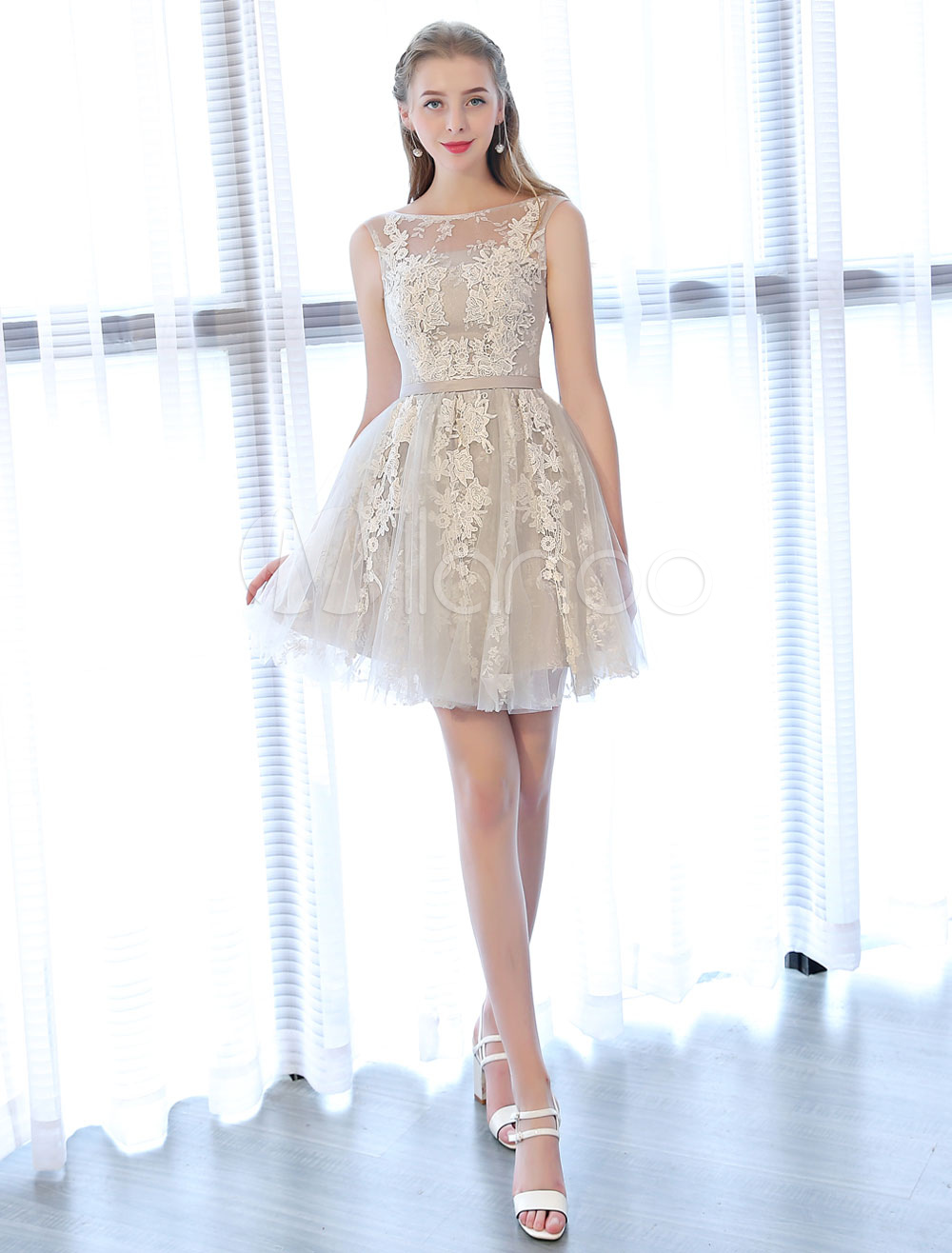 Short Prom Dresses Lace Applique Backless Sleeveless Sash Mini Graduation Dress