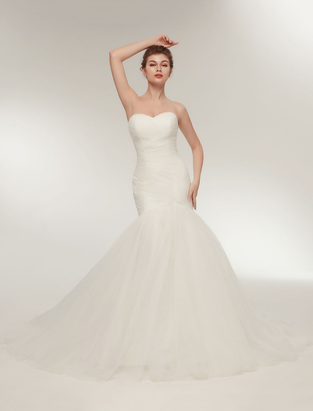 Mermaid Wedding Dresses Strapless Ivory Trumpet Bridal Dress Sweetheart Neckline Tulle Pleated Wedding Gowns With Train