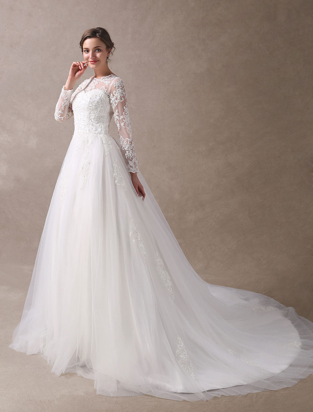 Wedding Dresses Princess Ball Gowns Ivory Long Sleeve Lace Applique Beading Chapel Train Bridal Dress
