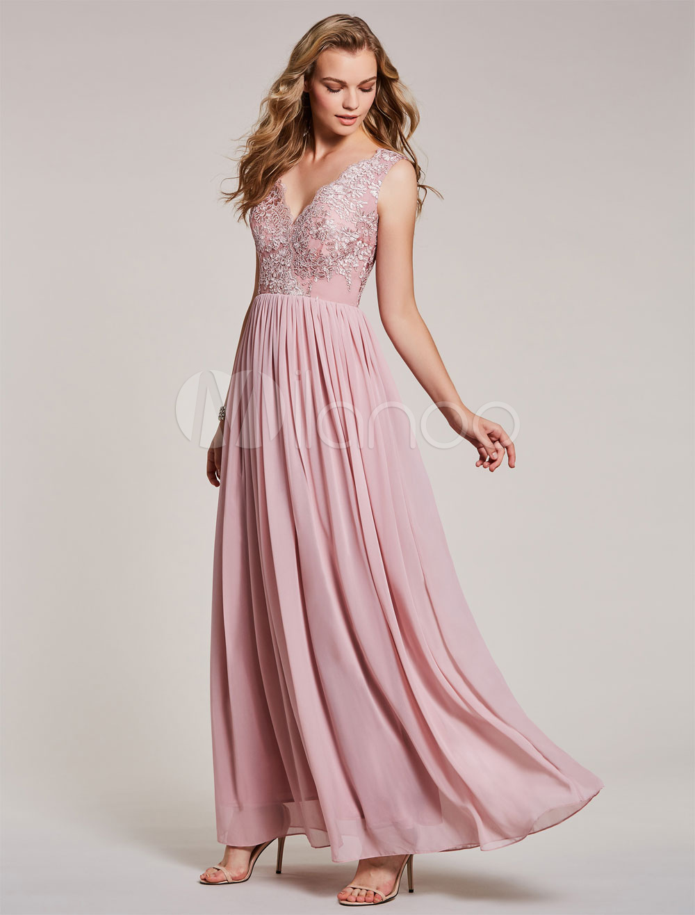 Buy Long Prom Dresses Chiffon Lace Applique V Neck Cameo Pink Sleeveless Floor Length Formal Evening Gowns for $83.59 in Milanoo store