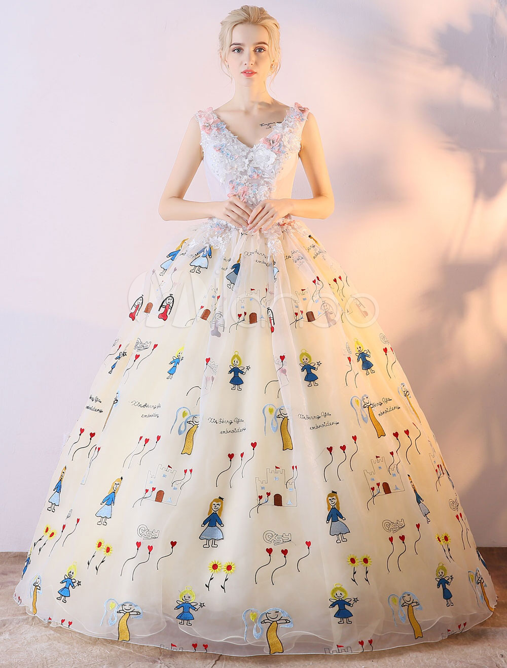 Prom Gown V Neck Princess Quinceanera Dresses Ball Gown Printed Women Vanilla Cream Pageant Dress