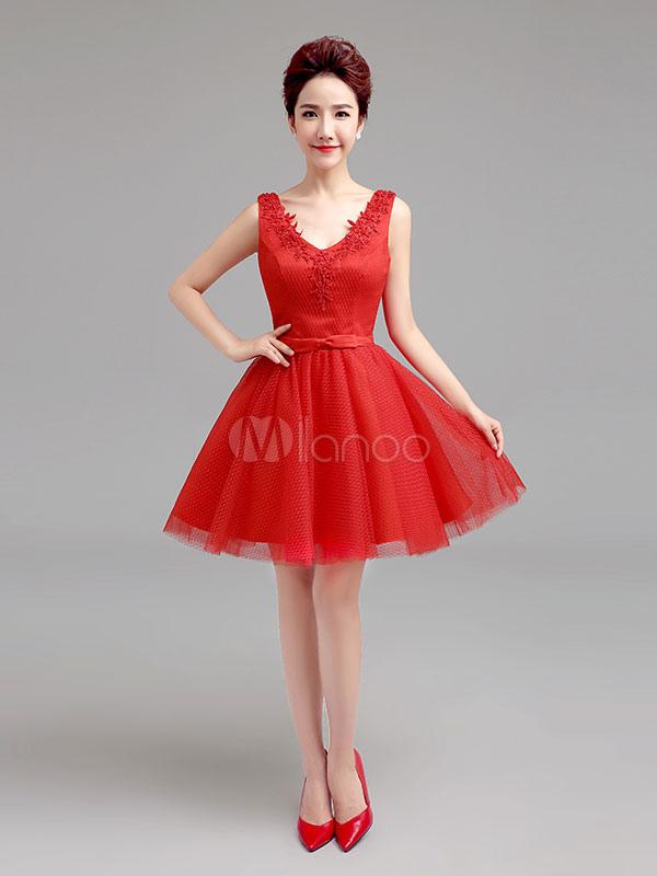 8a0d935e64 Vestidos cortos de graduación Vestido de graduación de tutú rojo con cuello  en v Vestido mini ...