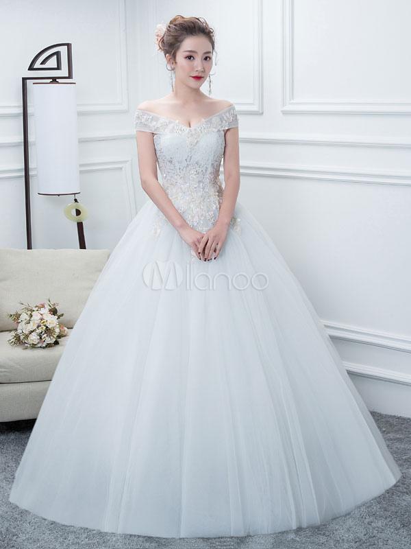 vestidos de novia con vestido de bola blanco con hombros