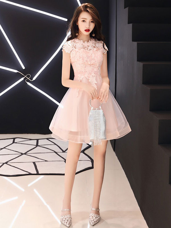 Buy Homecoming Dresses Cameo Pink Short Prom Dress Lace Tulle A Line Graduation Dress for $79.19 in Milanoo store