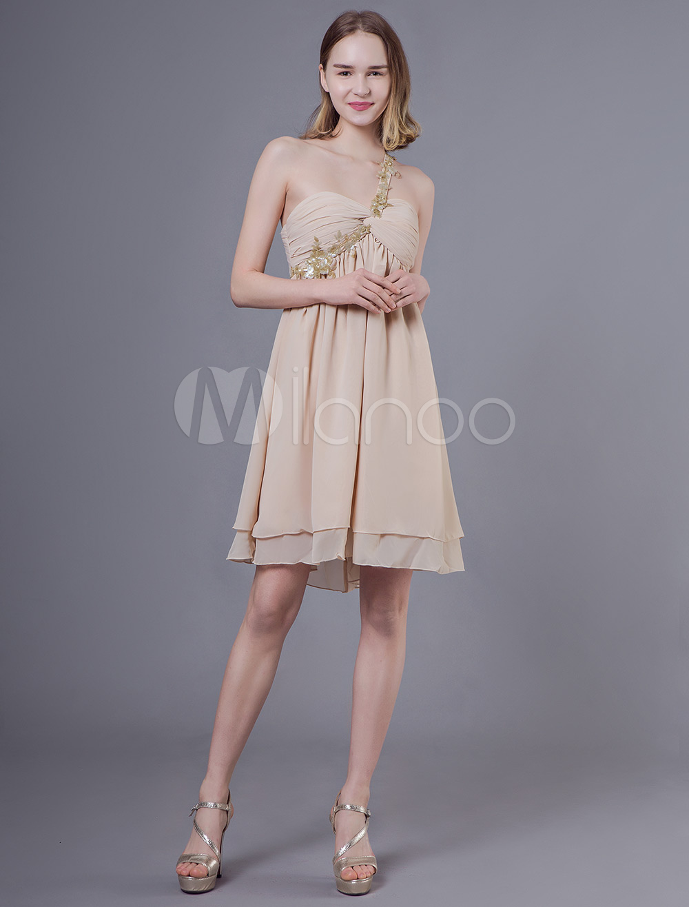 new products e36ae 09640 Abito da sera corto da cerimonia di laurea in chiffon color champagne