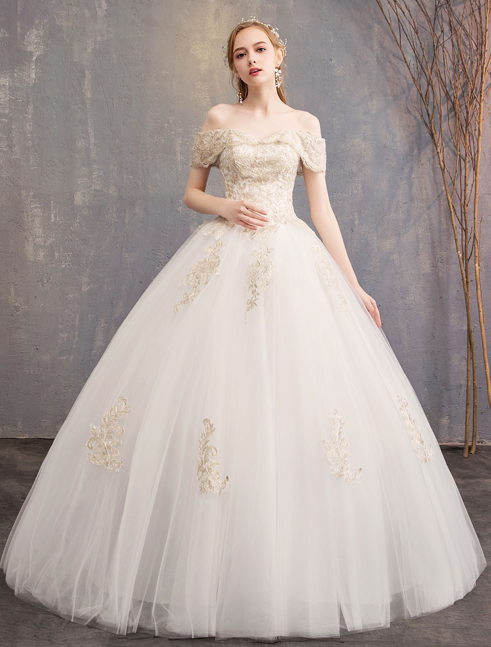 a766dcbd6 Princess Wedding Dress Ivory Lace Applique Off The Shoulder Short Sleeve  Bridal Gown-No.
