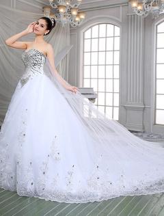Luxury A-Line Sweetheart Rhinestone Beading Appliques Wedding Dresses With Monarch Train