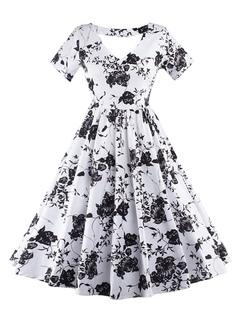 Printed Vintage Dresses White Short Sleeve V-neck Women's Pleated Retro Dresses