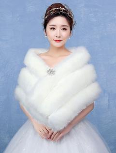 Faux Fur Wedding Wrap Ivory Rhinestone Clasp Sleeveless Wedding Shawl