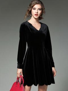 Black Skater Dress Velvet V Neck Long Sleeve Pleated Slim Fit Flare Dress