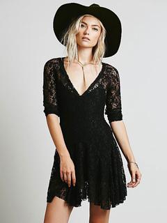 Black Lace Dress V Neck 3/4 Length Sleeve Pleated Slim Fit Skater Dress