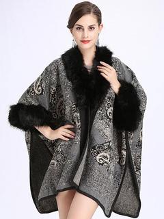 Grey Cape Coat Faux Fur V Neck Half Sleeve Women's Winter Coat