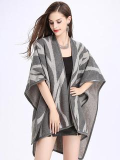 Grey Poncho Top Geometric Print 3/4 Length Sleeve Women's Stylish Winter Coat