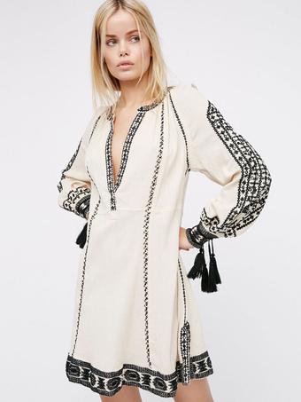 White Boho Dress Long Sleeve Plunging Neck Printed Fringe Split Shift Dresses For Women