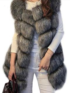 7217f906fabf47 Cappotti di pelliccia ecologica Vendita a privati e all ingrosso ...