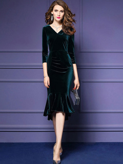 Velour Bodycon Dress V Neck 3/4 Length Sleeve Ruffles Surplice Atrovirens Mermaid Dress