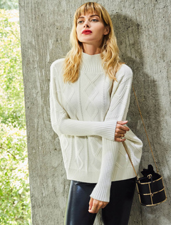 White Knit Sweater Women's High Collar Long Sleeve Quilted Top