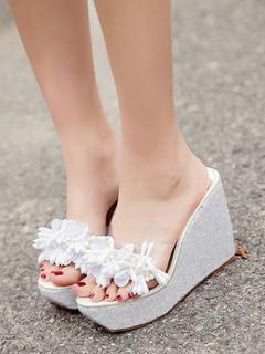 Zapatillas sandalia negras Zapatillas sandalia de tacón grueso sin respaldo con volantes y punta abierta para mujer GtyJCRe8o