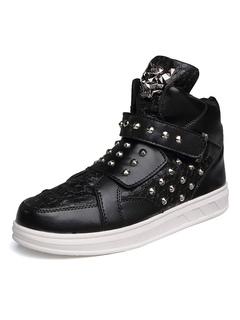 Scarpe da skate nero uomo punta tonda rivetti in metallo alto dettaglio scarpe  da ginnastica scarpe 020d1e4482e