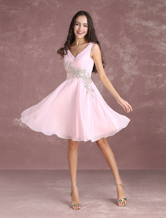 1feba1a191 Pink Prom Dress Short 2019 Lace Applique Beading Homecoming Dress Chiffon V  Neck Sleeveless Pleated Knee