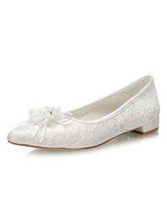 18663d5ee83aa1 Chaussures de mariage en ivoire Dentelle Bout pointu Fleurs Détail  Chaussures à enfiler plates