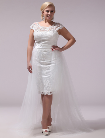 3785a81b2e18 Robe de mariage exquise fourreau en tulle avec dentelle col rond traîne  démontable Milanoo