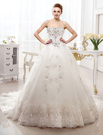 Bridal Dresses Strapless Ivory Lace Applique Wedding Dress For Bride Sweetheart Neck Crystal Beaded Chapel Train Wedding Gown Milanoo