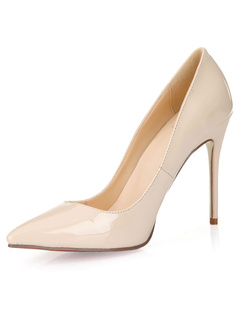 Zapatos de tacón medio con pala de laca brillante de color nude de patente con cristal de charol RT4SMeaN