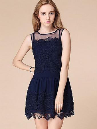 Princess Sleeveless Lace Prom Dress