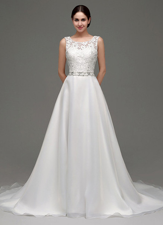 9c55899d49 Vestido de novia de con cola de capilla tul línea A de con banda de encaje