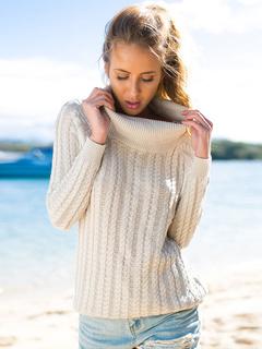 Turtleneck Backless Pullovers