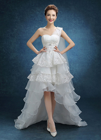 Lace Wedding Dress One Shoulder High Low Beaded Bridal Gown Organza Ruffle Tiered Sweep Train Bridal Dress With Side Draping