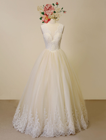 Champagne Wedding Dress Lace Applique Tulle Bridal Gown Floor-length Plunging A-line Beading Illusion Back Luxury Bridal Dress