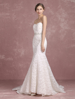 Summer Wedding Dresses 2018 Mermaid Boho Backless Bridal Gown Sweetheart Strapless Lace Beading Flower Bridal Dress With Cathedral Train