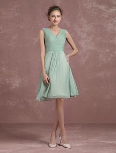 4247df94b Sage Green vestido de dama de honor hasta la rodilla plisado vestido de  fiesta V cuello