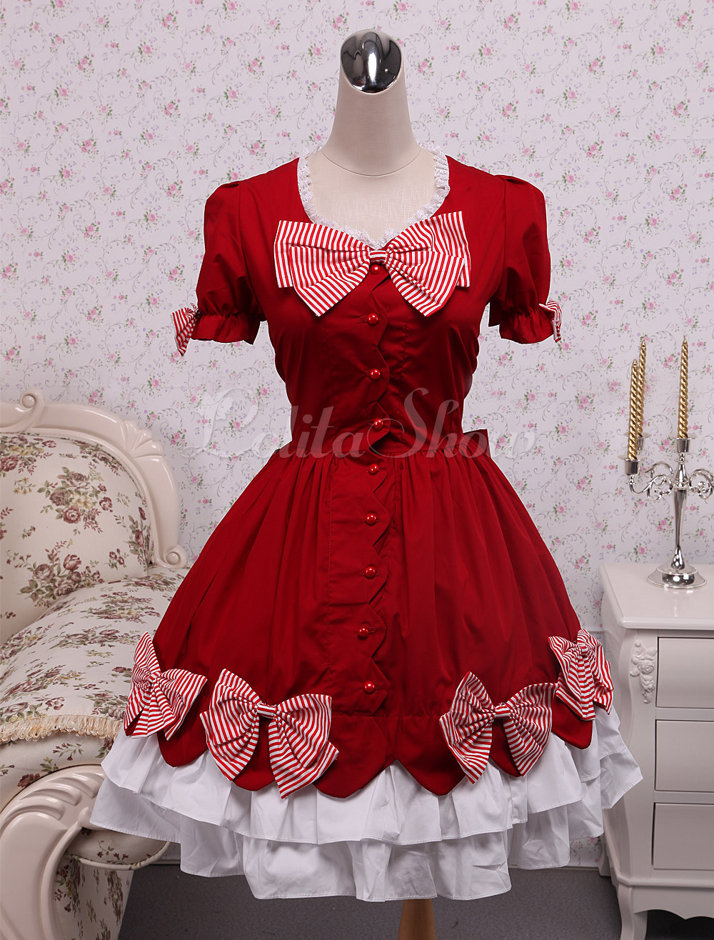 Red dress lolita pictures
